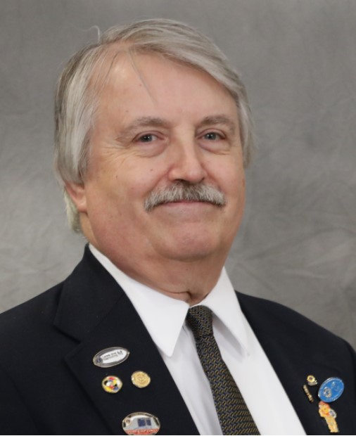 District Governor Rick Brisee